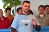 """T-Shirt """"Flughafenbeschäftigte halten zusammen"""""""